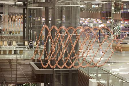 Kinetic Rain – танцующие капли в сингапурском аэропорту — фото 12