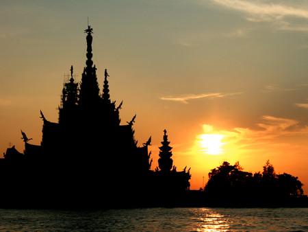 Храм Истины – настоящий деревянный шедевр — фото 27