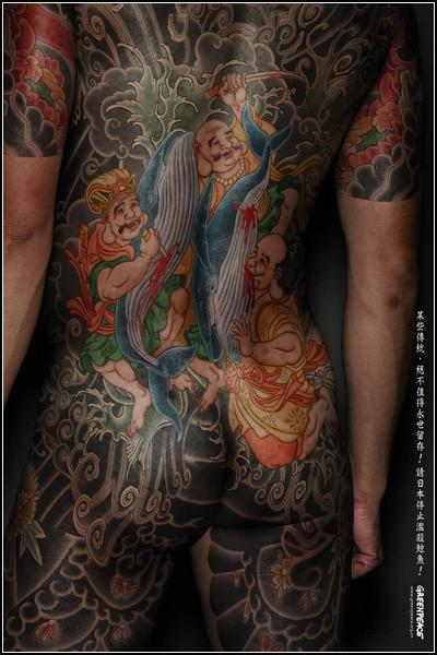 Татуировка в рекламе – тело как рекламная площадь — фото 18