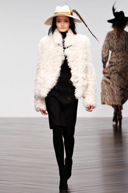 Issa осень-зима 2013-2014 – коллекция от личного стилиста герцогини — фото 7