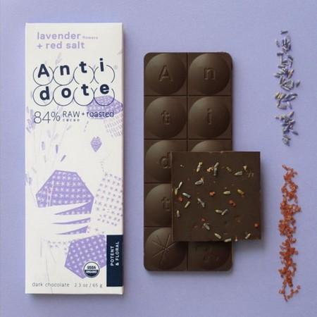 Шоколад с лавандой и красной солью — как вам сочетание?