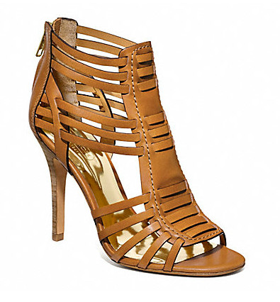 Коллекция обуви от Coach весна-лето 2013 – каблуки, платформа, мокасины, сандалии! — фото 16
