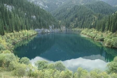 Волшебное озеро Каинды в Казахстане — фото 6