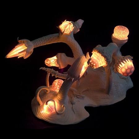 Живой фарфор и смерть в скульптурах Кейт МакДауэлл — фото 21