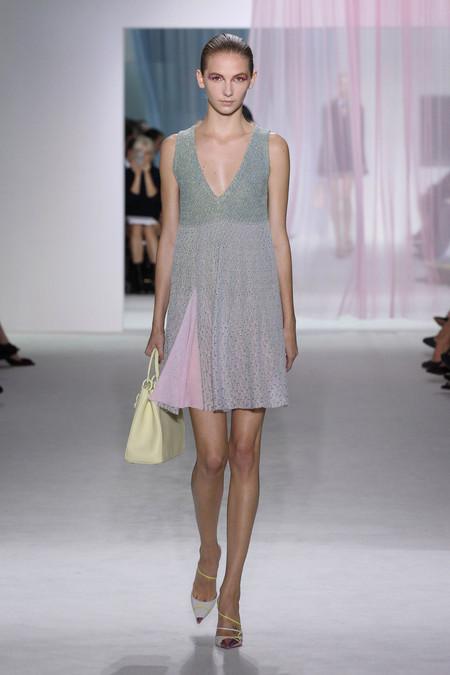 Женская коллекция Dior весна-лето 2013 — фото 37