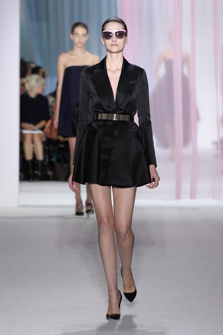 Женская коллекция Dior весна-лето 2013 — фото 42