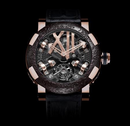 История на запястье – часы от Romain Jerome с ДНК вулкана, Титаника и Луны — фото 5