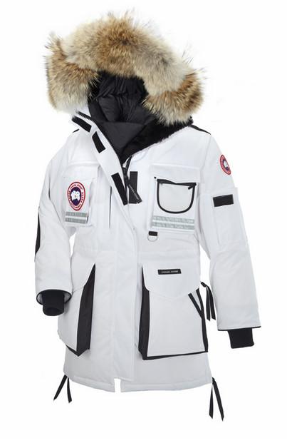 Женская коллекция от Canada Goose зима 2013 – самая теплая мода — фото 20