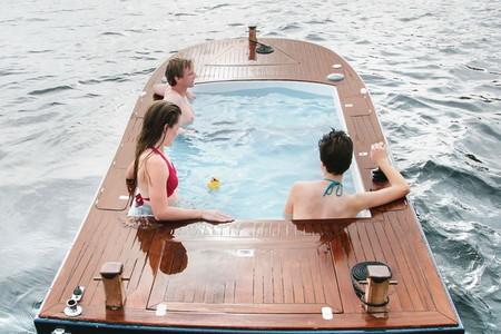Лодки Hot Tub Boat – с теплым бассейном-джакузи и музыкой — фото 11