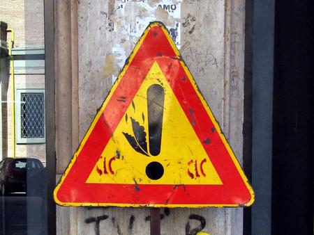 «Улучшенные» дорожные знаки от Клета Авраама — фото 18