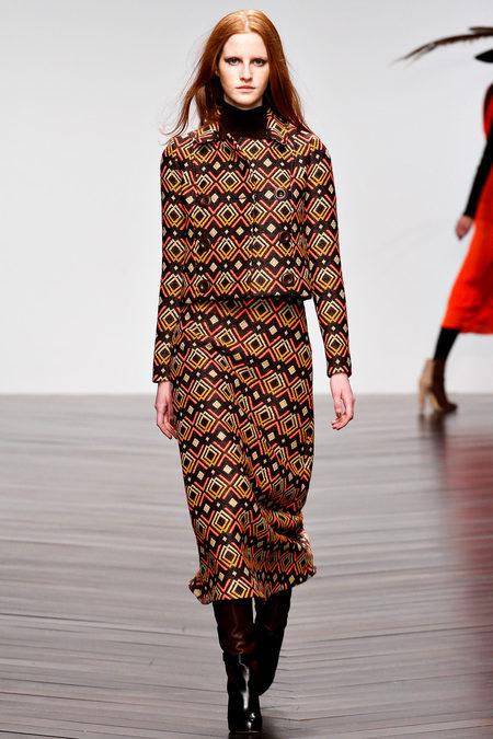 Issa осень-зима 2013-2014 – коллекция от личного стилиста герцогини — фото 24