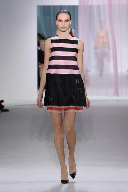 Женская коллекция Dior весна-лето 2013 — фото 19