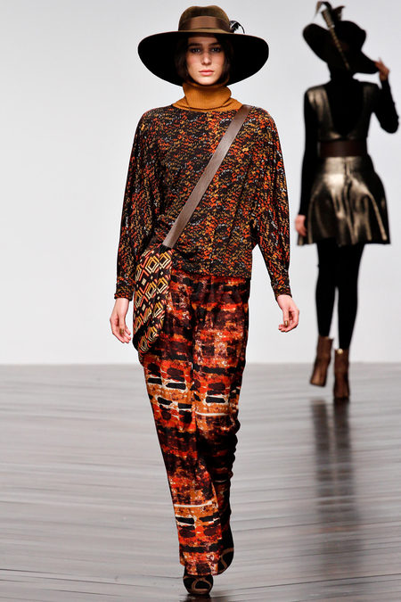 Issa осень-зима 2013-2014 – коллекция от личного стилиста герцогини — фото 21