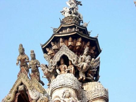 Храм Истины – настоящий деревянный шедевр — фото 23