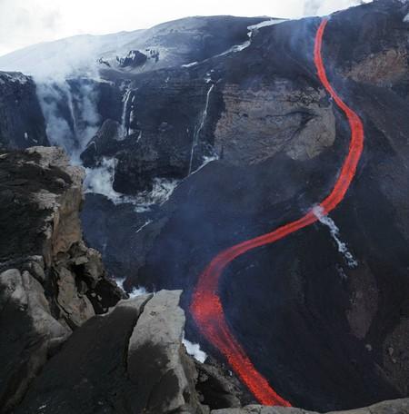 Вулканы – страсть фотографа Martin Rietze — фото 23