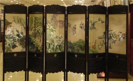 Традиционная китайская шелковая ширма