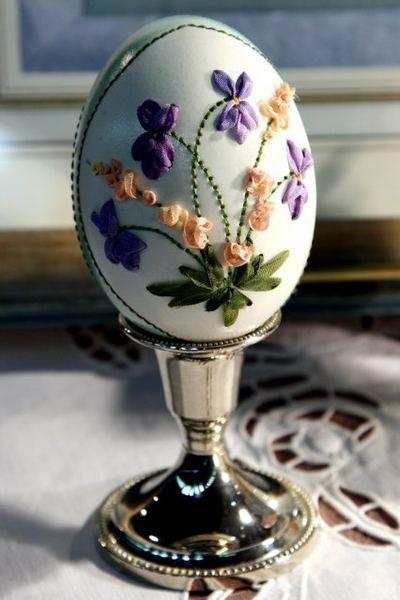 Вышивка по … яичной скорлупе. Ювелирная работа Элизабет Кляйн — фото 14