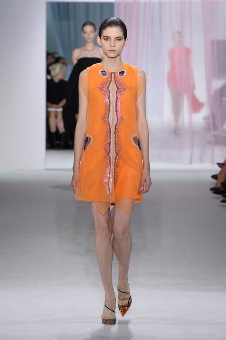 Женская коллекция Dior весна-лето 2013 — фото 30