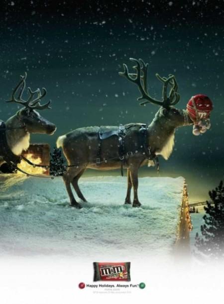 Популярный конфетный Красный в Рождество стал носом для оленя )))
