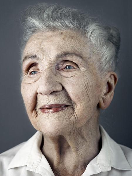 Кетхен Эрни, 7 августа 1909 года рождения