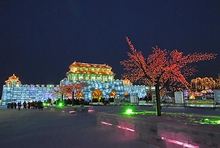 Фестиваль Ледяных дворцов в китайском Харбине – зимняя сказка — фото 6