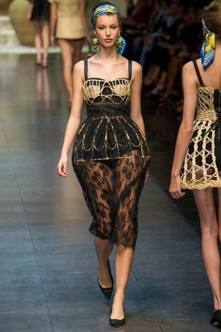 Сицилия от Dolce & Gabbana - женская коллекция весна-лето 2013 — фото 74