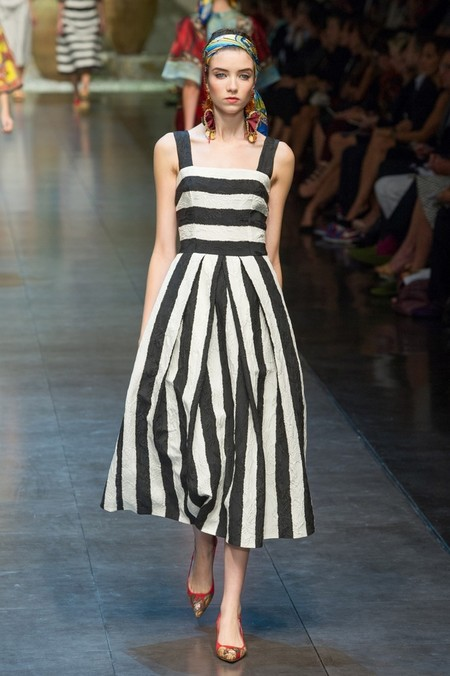 Сицилия от Dolce & Gabbana - женская коллекция весна-лето 2013 — фото 44