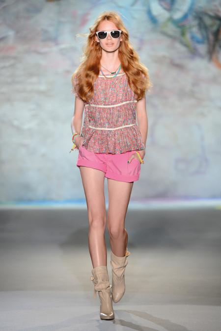 Patrizia Pepe весна-лето 2013 – городская одежда «с перчинкой» — фото 42