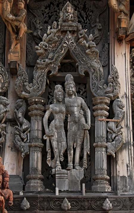 Храм Истины – настоящий деревянный шедевр — фото 14