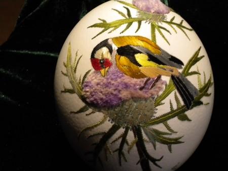 Вышивка по … яичной скорлупе. Ювелирная работа Элизабет Кляйн — фото 22