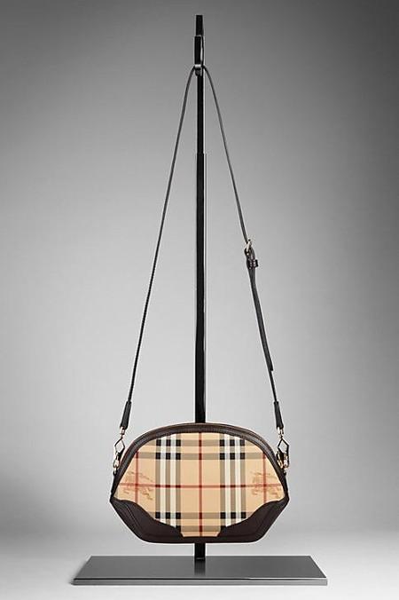Burberry – коллекция аксессуаров осень-зима 2012 — фото 15