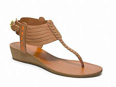 Коллекция обуви от Coach весна-лето 2013 – каблуки, платформа, мокасины, сандалии! — фото 32