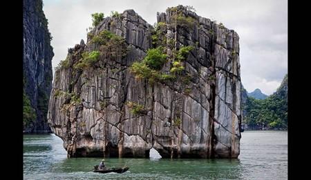 Бухта Халонг во Вьетнаме – острова, изумрудная вода и дракон — фото 16