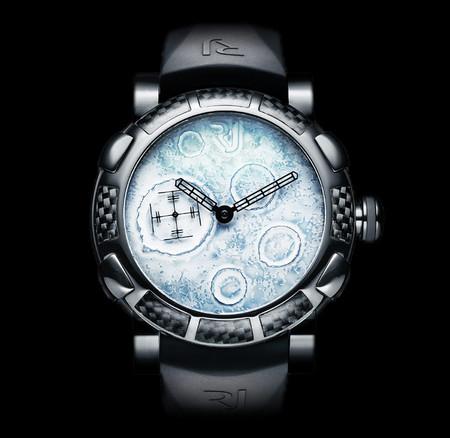 История на запястье – часы от Romain Jerome с ДНК вулкана, Титаника и Луны — фото 19