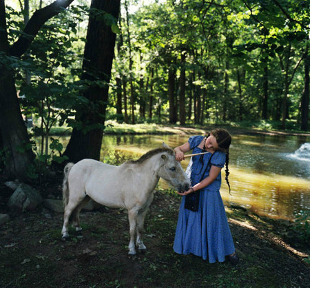 Фотопроект Amelia's world – животные в мире одной девочки — фото 19