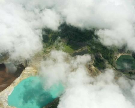Вулкан Келимуту и 3 разноцветных озера — фото 11
