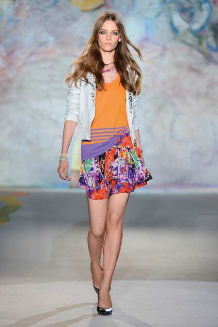 Patrizia Pepe весна-лето 2013 – городская одежда «с перчинкой» — фото 48