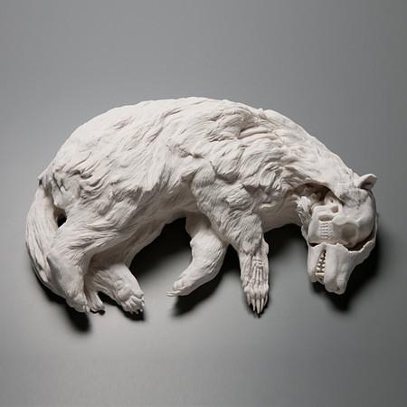 Живой фарфор и смерть в скульптурах Кейт МакДауэлл — фото 5