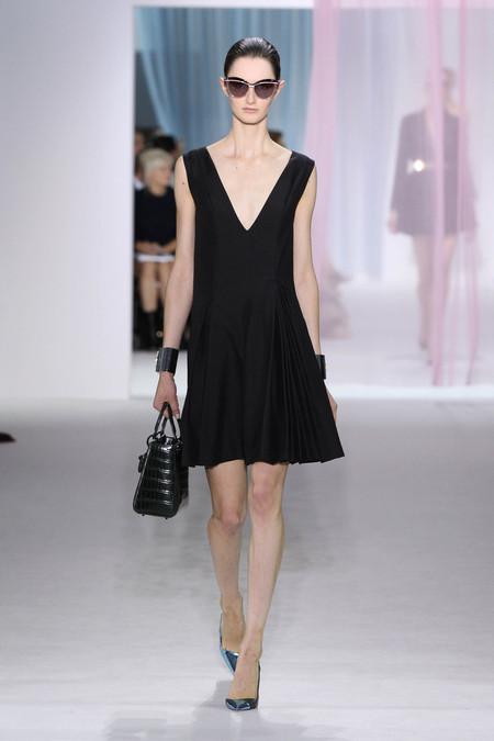Женская коллекция Dior весна-лето 2013 — фото 41
