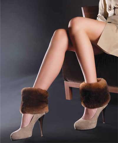 Обувь бренда часто богато декорирована