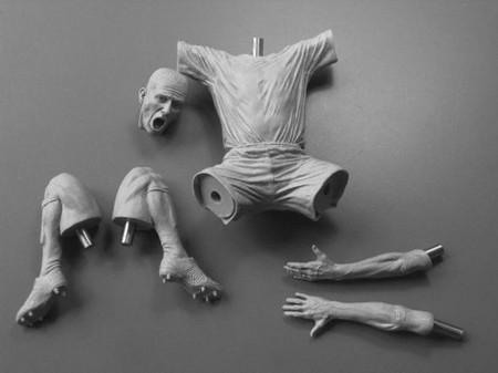 Скульптуры Адама Бина – маленькие, но достоверно точные. Причем из «секретного материала»! — фото 10