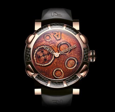 История на запястье – часы от Romain Jerome с ДНК вулкана, Титаника и Луны — фото 17