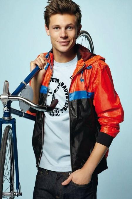 Для ярких и спортивных – коллекция Le Coq Sportif 2012 — фото 34
