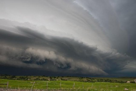 Торнадо, смерч, молнии, грозовые тучи – это красиво! Фотографии Майка Холлингшеда (Mike Hollingshead) — фото 12