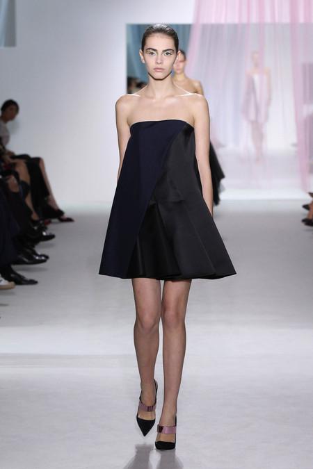 Женская коллекция Dior весна-лето 2013 — фото 43
