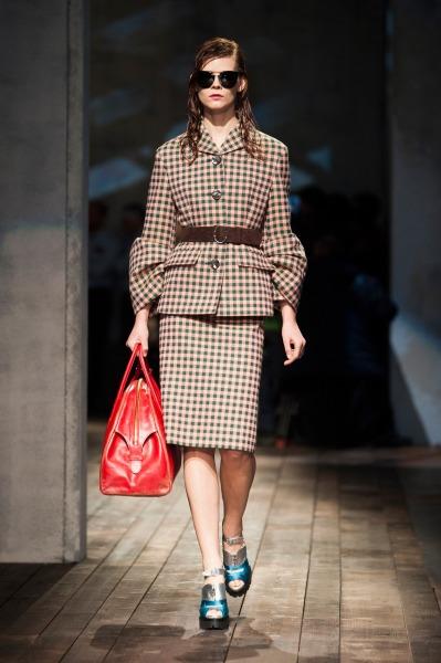 Осень-зима 2013-2014 с Prada – будет ретро и тепло — фото 22