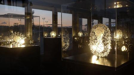 Стеклянные скульптуры невидимых врагов – работы Люка Джеррема (Luke Jerram) — фото 26