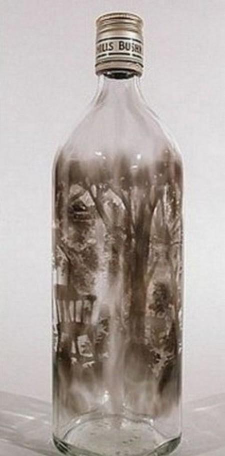 Дымный мир внутри бутылки – работы Джима Динджилиана — фото 6