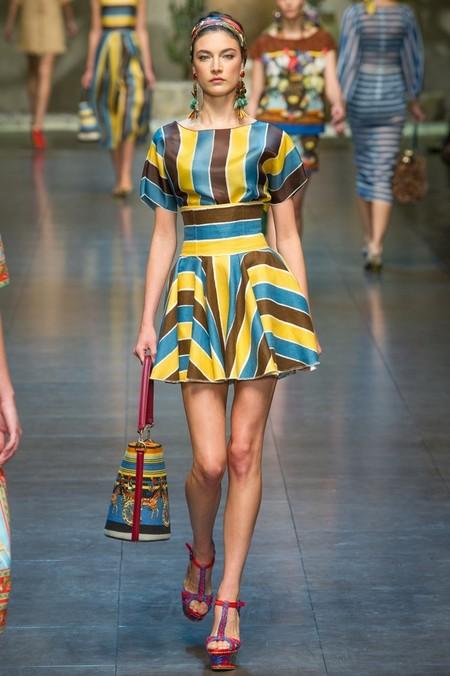 Сицилия от Dolce & Gabbana - женская коллекция весна-лето 2013 — фото 37