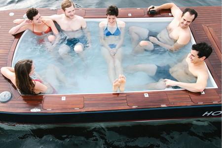 Лодки Hot Tub Boat – с теплым бассейном-джакузи и музыкой — фото 10